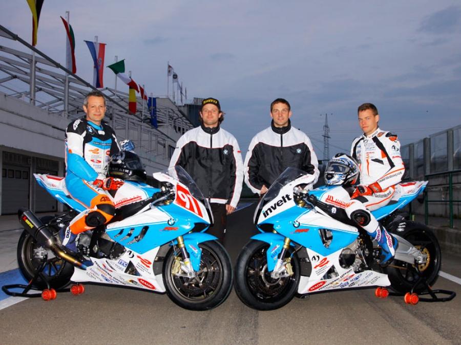 Racing-team-2010